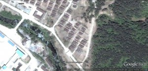 2008-6-10-camp-16-housing-2